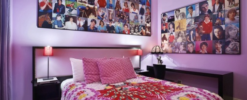 305-TeenQueen-Room
